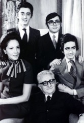 La famiglia Leone ritratta al Quirinale
