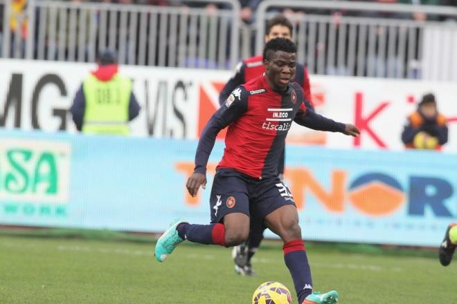 Godfred Donsah con la maglia del Cagliari