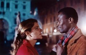 Una scena di Pummarò, film del 1990 sull'immigrazione in Italia